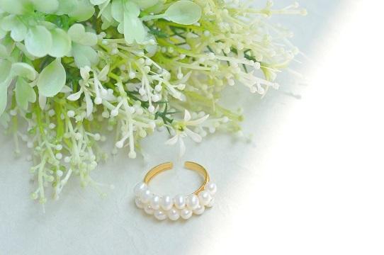 小粒淡水パールの指輪