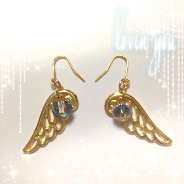 天使の羽根ピアス♪ブルー