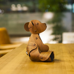 Walnut bear M