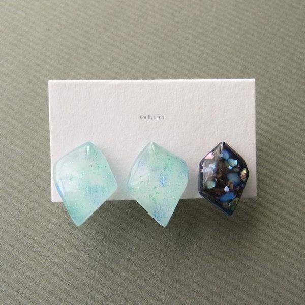 【水音色(Blue)】×Navy(Shell) イヤーカフ