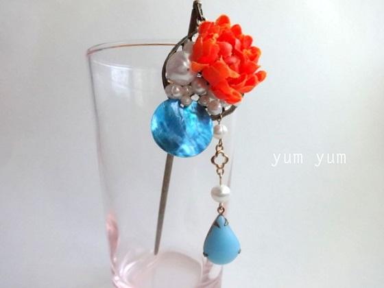 パールと花の簪