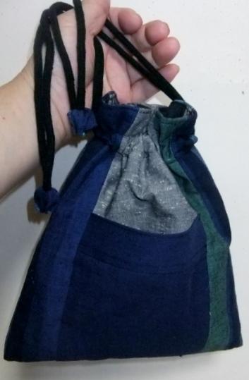着物リメイク 土佐紬で作った巾着袋406