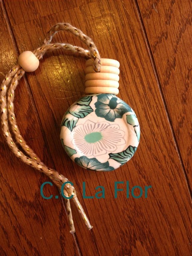 粘土香水瓶