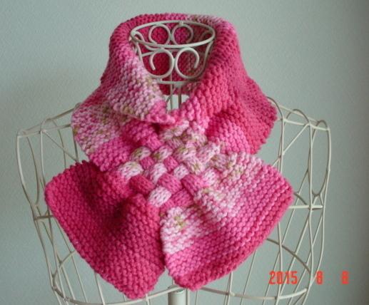 ☆彡passion pink系のガーター編み&交差編みのCowl(段染めとぼかし)(made in Turkey)