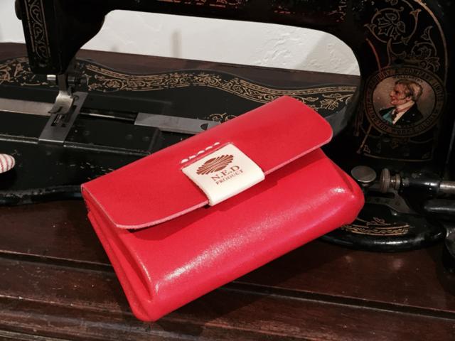 チェリーレッド コロッと財布