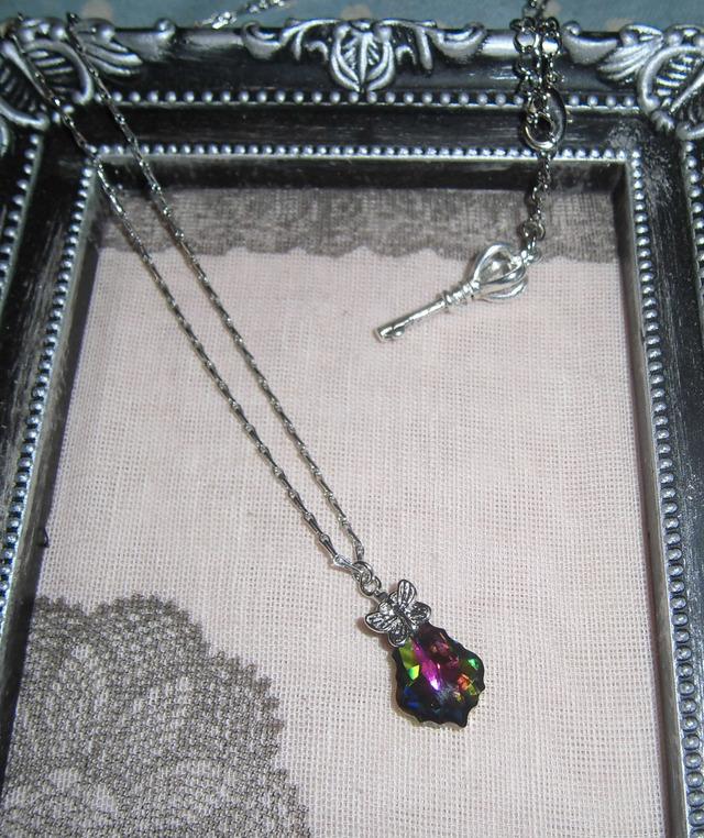 ヴィトレールミディアムのネックレス