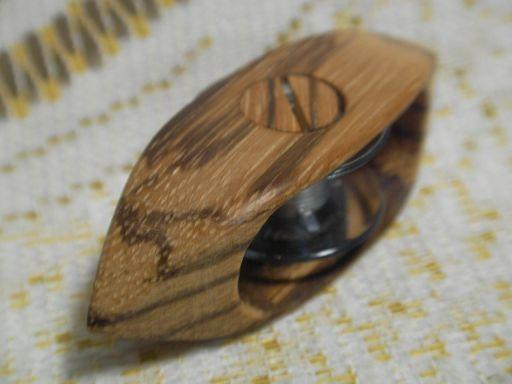ボビン(11.5mm)式 ゼブラウッド