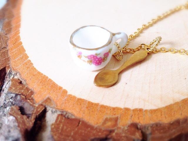 ティーカップ & スプーン ネックレス