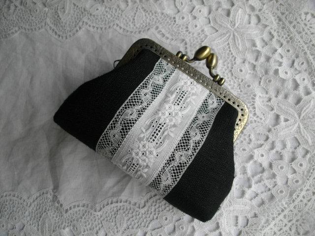 再販アンティーク手刺繍レース&黒リネンがま口S