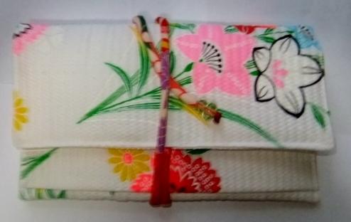 着物リメイク 女の子の浴衣で作った和風財布 457