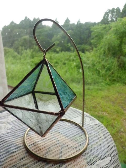 ステンドグラスのミニテラリュウム