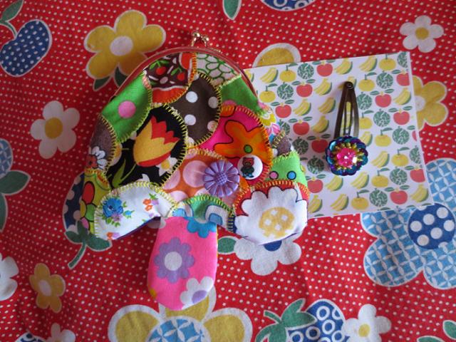 パッチきのこのがま口&スパンコールのお花パッチンどめセット