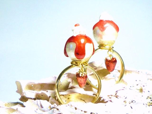 とろり苺コットンパール指輪◆ホイップクリーム◆