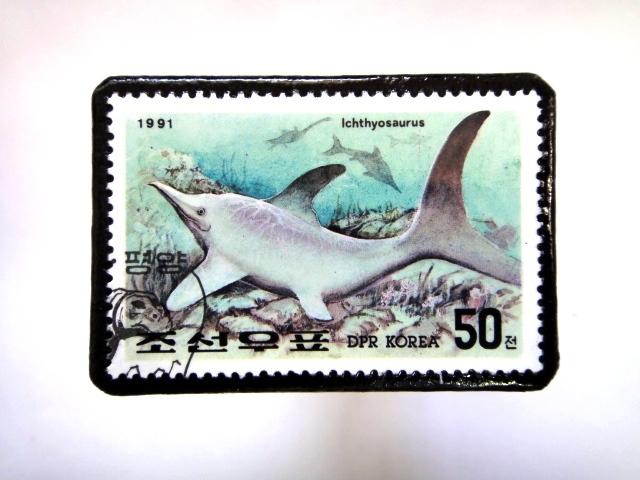 韓国 恐竜切手ブローチ 021