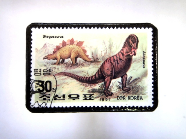 韓国 恐竜切手ブローチ 024