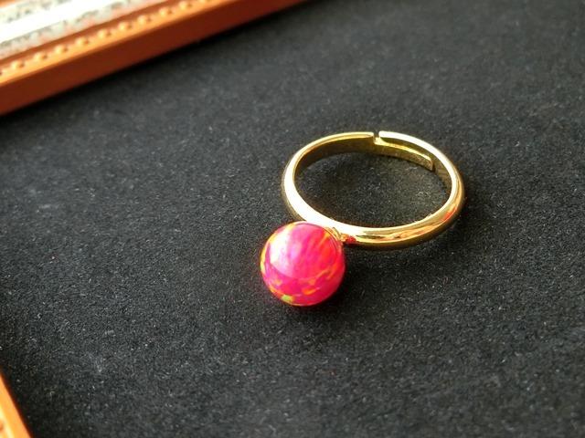 唐紅花星雲のリング(ゴールドカラー)