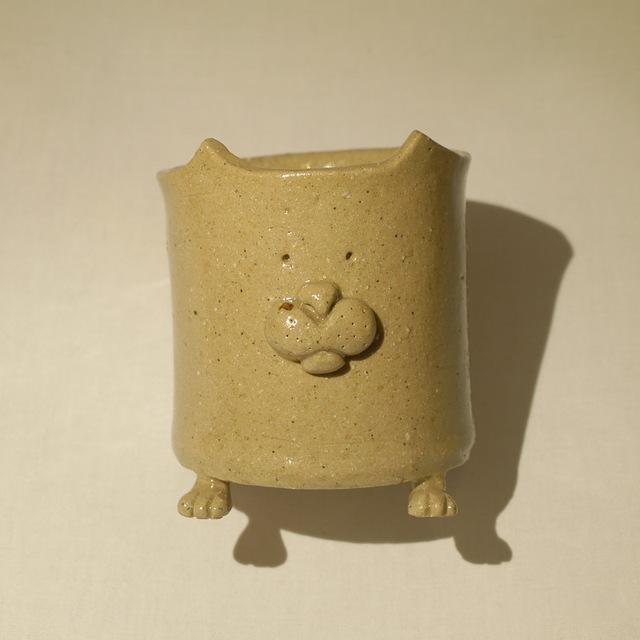 足つき猫(?)マグカップ