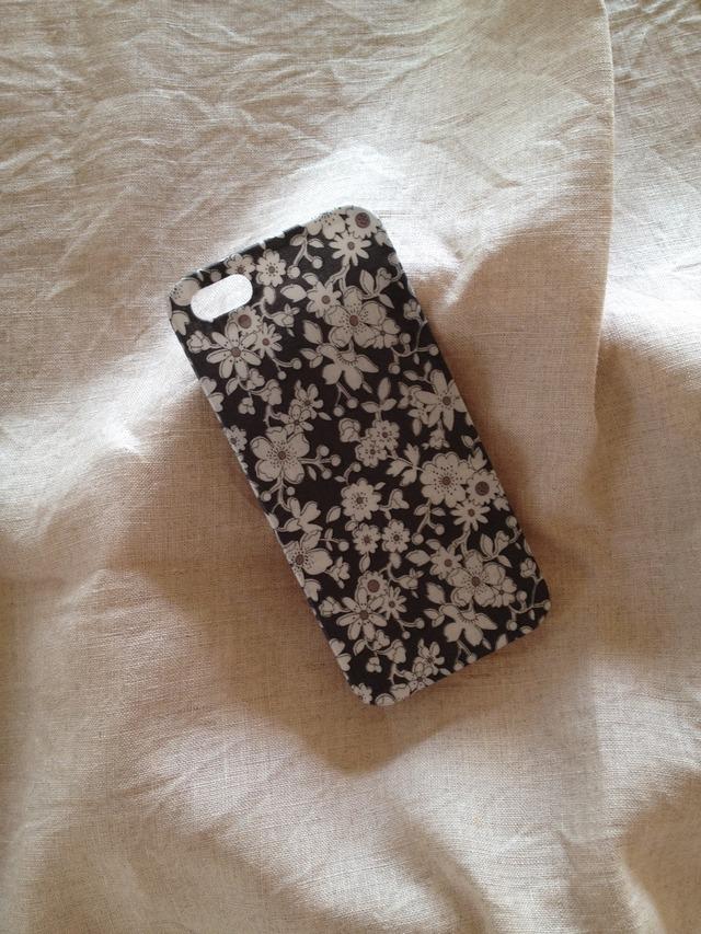リバティ iphoneケース iphone5/5s(マッジー グレー)