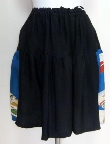 男の子の着物と黒留袖で作ったミニスカート 464
