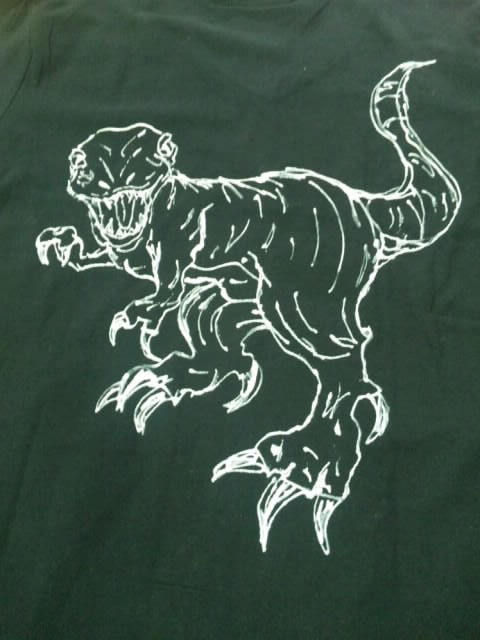 送料無料 恐竜Tシャツ ティラノサウルス