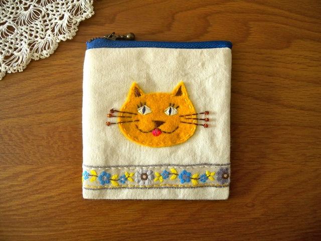 黄色い猫ちゃんの小銭入れ