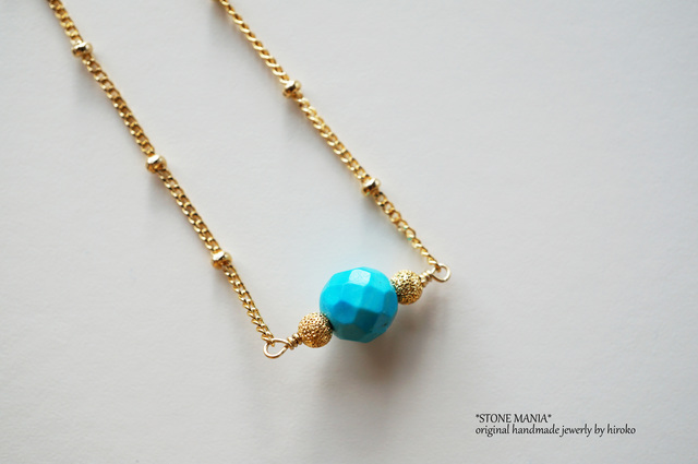 ?X'mas?Turquoise blue long necklace?