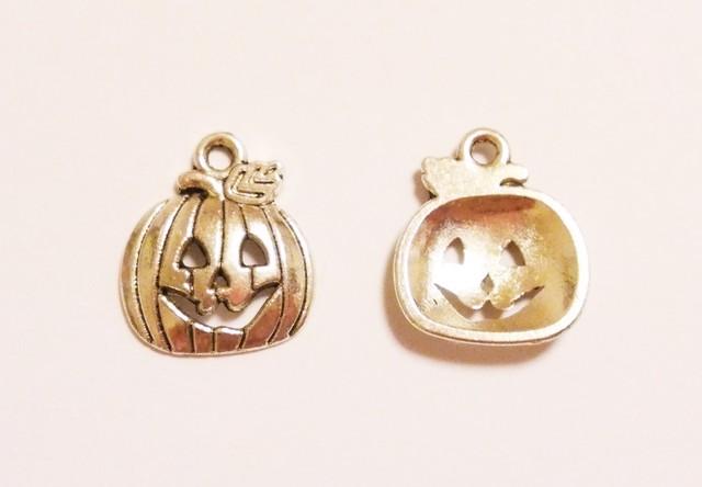 ハロウィン かぼちゃのチャーム(シルバー)