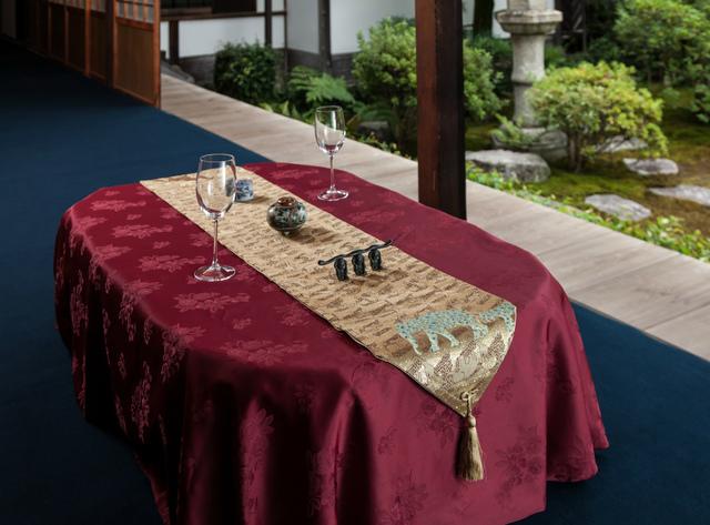 西陣金襴正絹 アフリカ紋様テーブルラン...