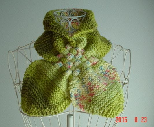 ☆彡黄緑系のガーター編み&交差編みのCowl(段染めとぼかし)