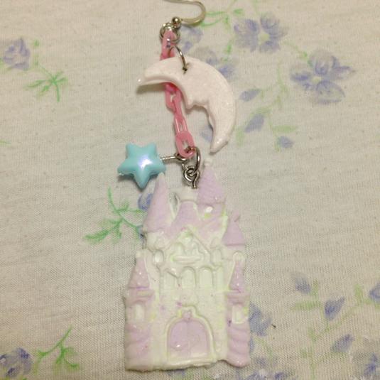 魔法のお城 ピアス
