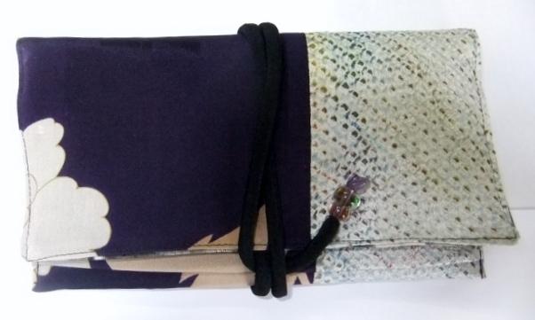 絞りと花柄の着物で作った和風財布 497