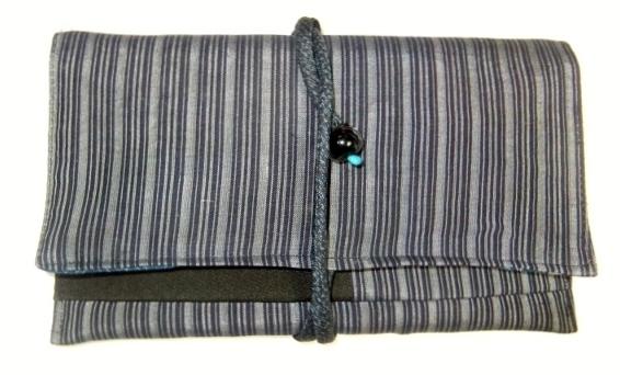 着物リメイク 正絹の着物で作った和風財布 502