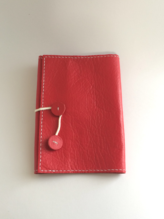 赤色の牛革 文庫本ブックカバー