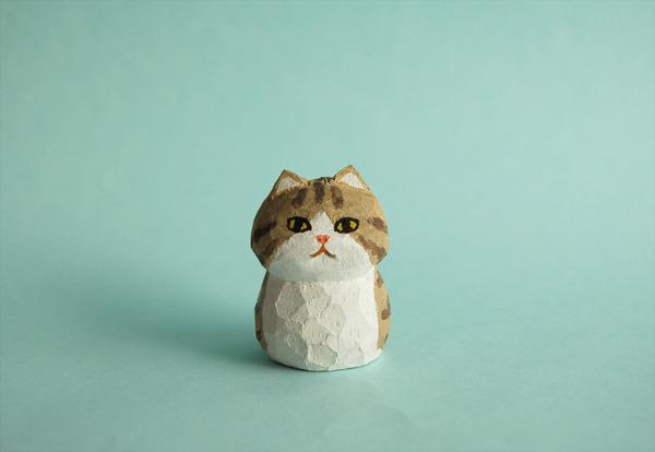 木彫り人形 ねこ ベージュシマ×白  [MWF-037]