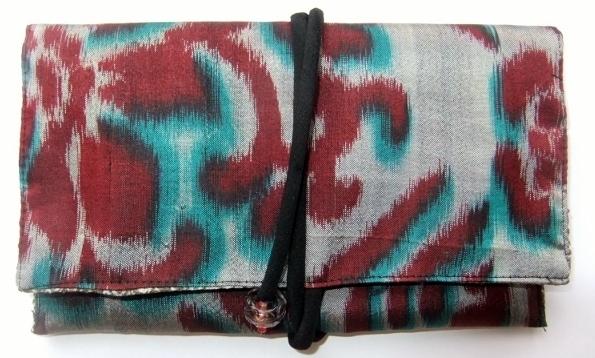 着物リメイク 銘仙の着物で作った和風財布 520