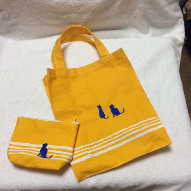 猫シルエット刺繍トート&ポーチ