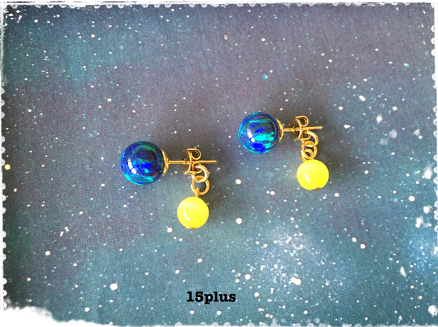 you&me・月と地球のピアス