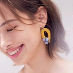 送料無料14kgf*Yellow x Pur Tagua Nuts pierced earring / earring