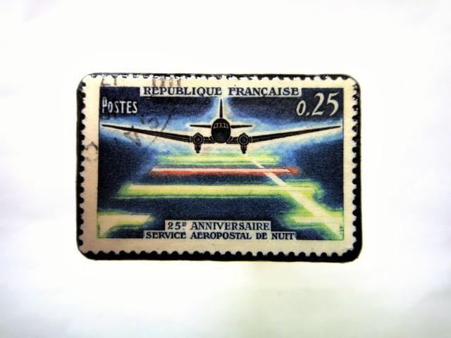 フランス 航空切手ブローチ 060