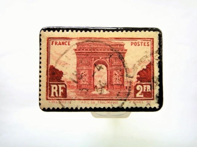フランス 1931年凱旋門切手ブローチ 063