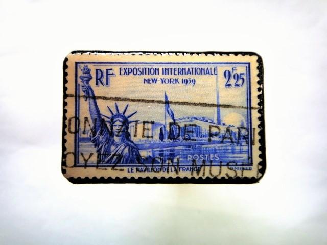 フランス 自由の女神 切手ブローチ 065