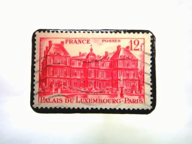 フランス 「城」切手ブローチ 068