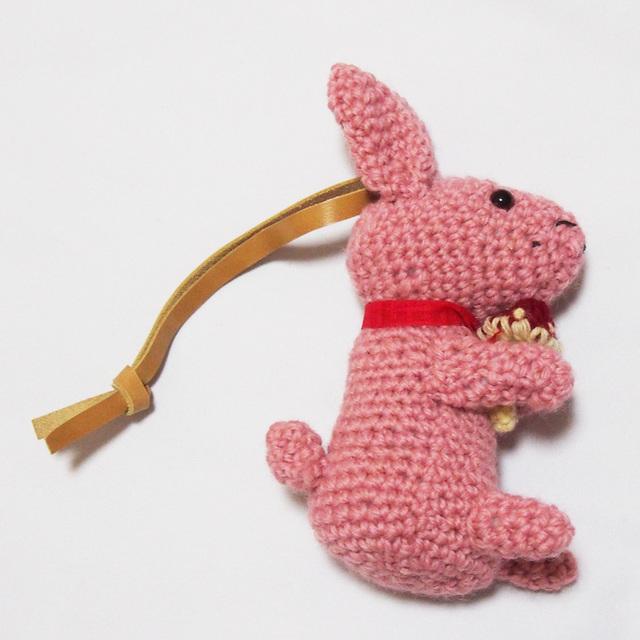 手編み  ピンク ラビット うさぎ バッグチャーム
