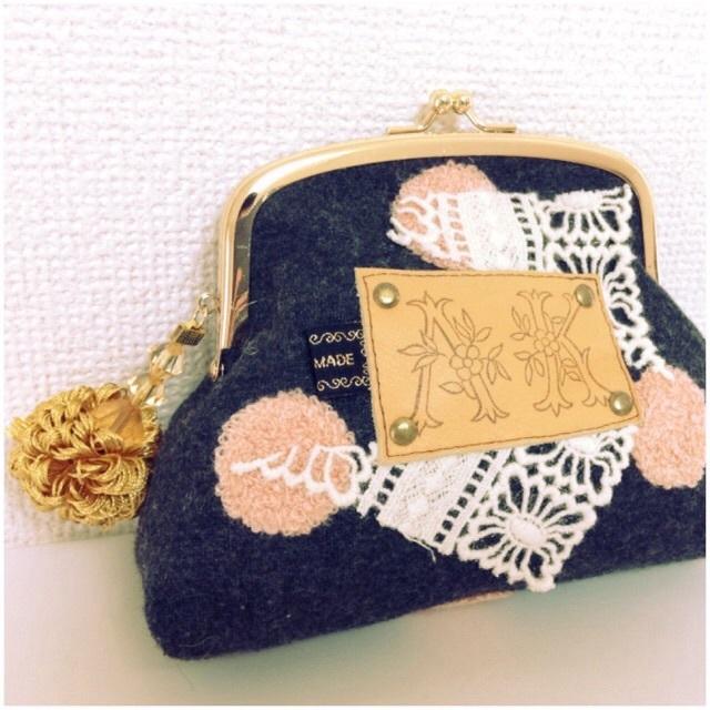 SEMMER SALE!! がま口ポーチ ウール水玉刺繍