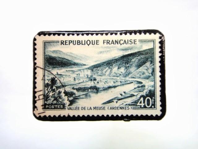 フランス 「風景」切手ブローチ 071