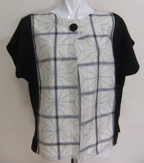 紬と地模様入りの黒羽織で作ったベスト 548