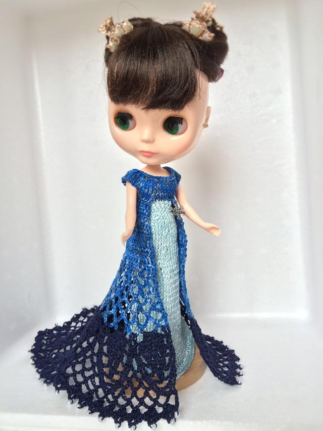 雪のチャーム付きロングドレス ?