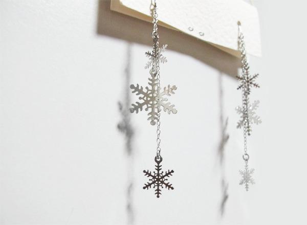 (再販)雪の結晶ピアス