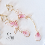 桜の蝶のイヤリング(Earrings of Cherry Blossom butterfly)