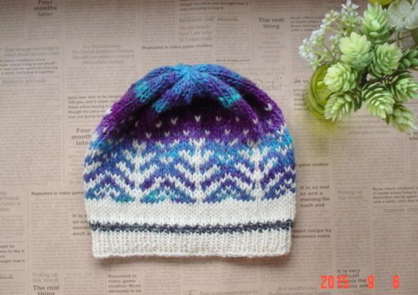 ☆彡北欧柄編み込みオーロラと白夜の森ニット帽